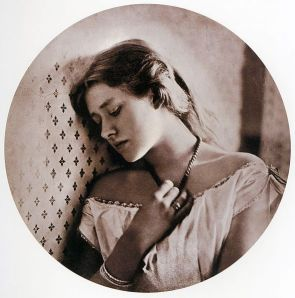 591px-Sadness,_by_Julia_Margaret_Cameron ellen terry at 16
