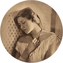 Julia_Margaret_Cameron_(British,_born_India_-_Ellen_Terry_at_Age_Sixteen_-_Google_Art_Project.jpg